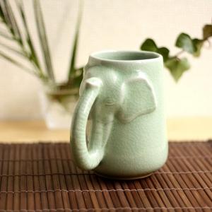 再入荷!!【セラドン焼き】ゾウさんのマグカップ